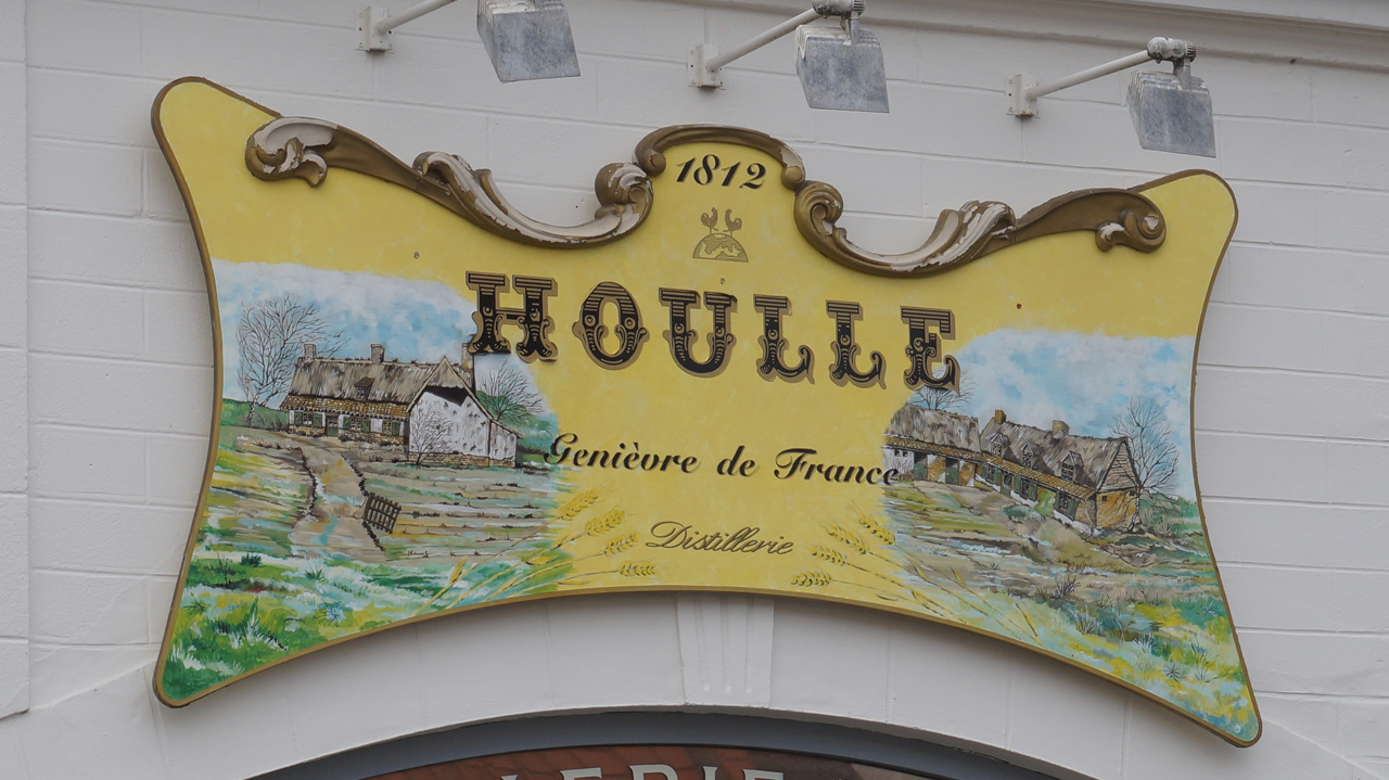 95__ Houlle 007 a