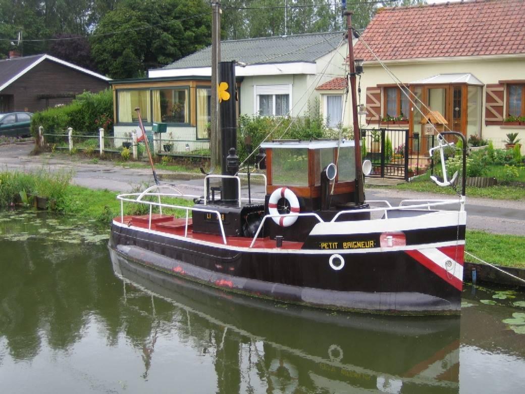 bateau petit baigneur