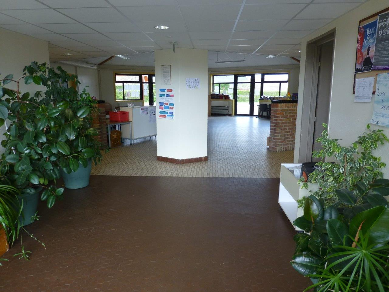 Entree Ecole (4)