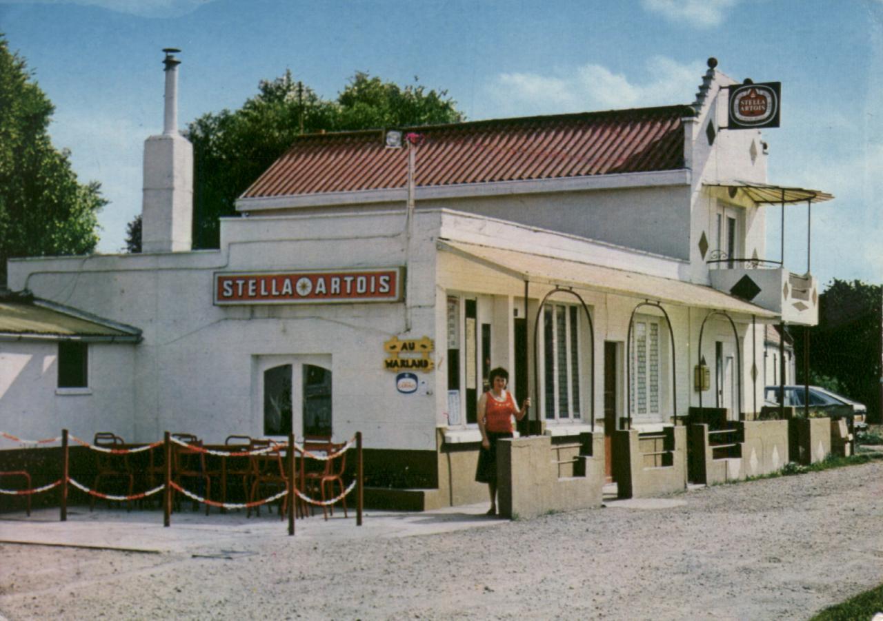 HOULLE CAFÉ  AU WARLAND