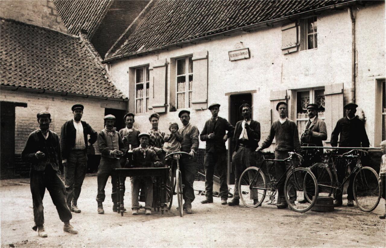 HOULLE Café Rebergue-Domain 1922