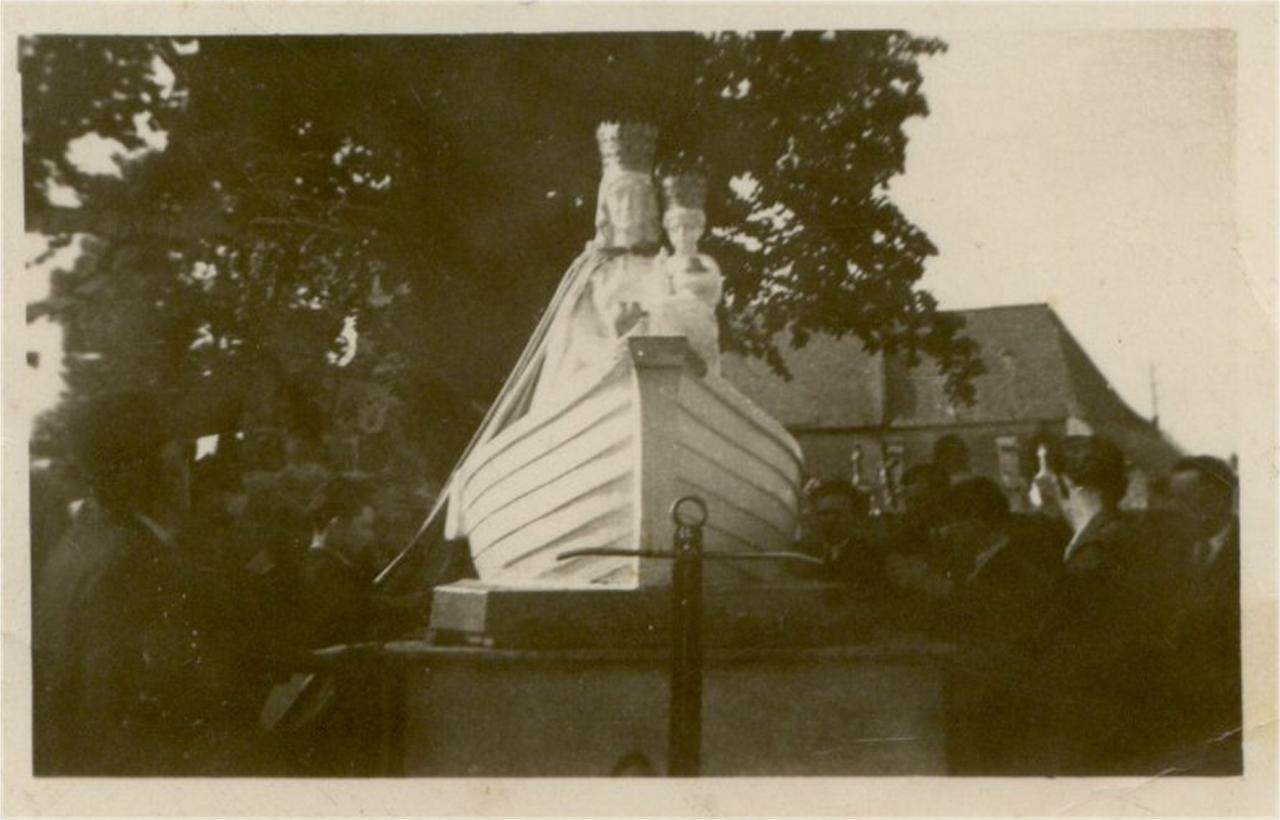 HOULLE passage de notre dame de boulogne mai 1948