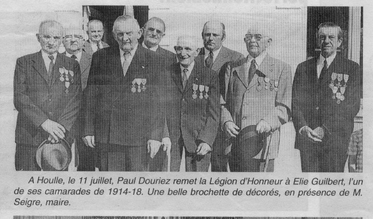 Houlle Remise médaille 11 juillet 1976